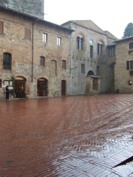 san-gimignano-in-the-rain.jpg